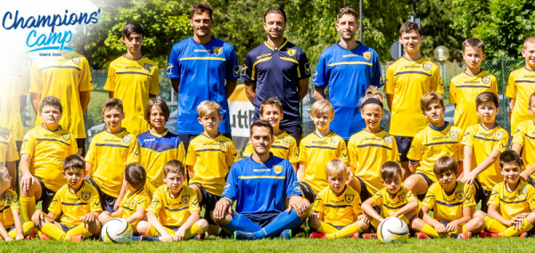 Champions Camp Chievo & English